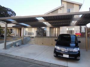 採光屋根のカーポート